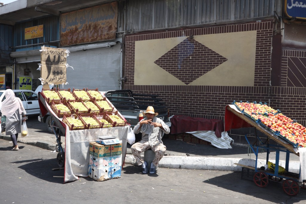 【アートギャッベの旅】 イランへ到着!