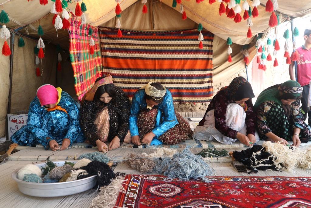 【アートギャッベの旅】 遊牧民の生活