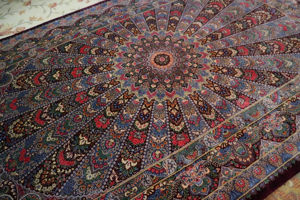 【アートギャッベの旅】 ペルシャ絨毯に触れる