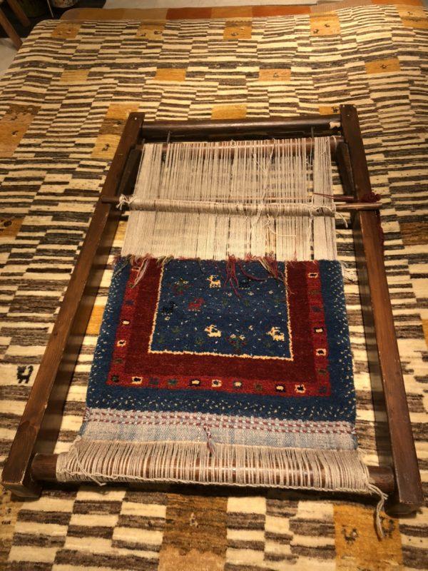 アートギャッベの織り機